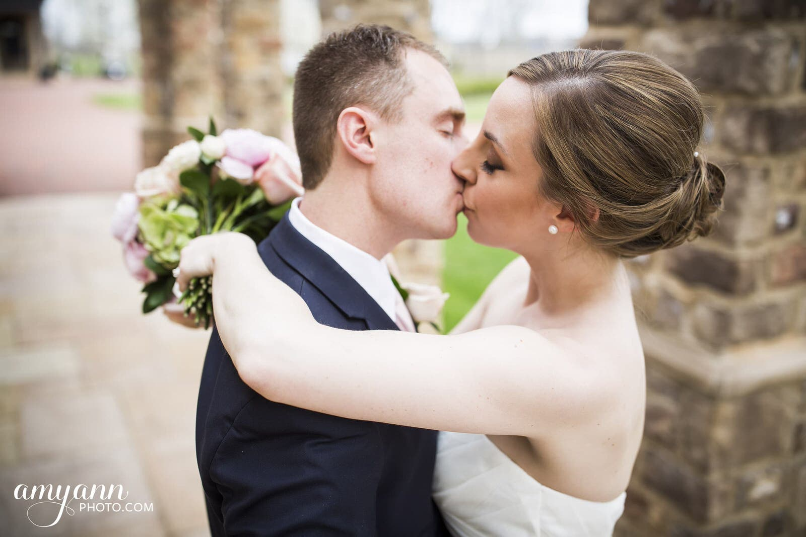 pinnacle golf club spring wedding columbus ohio married bride groom