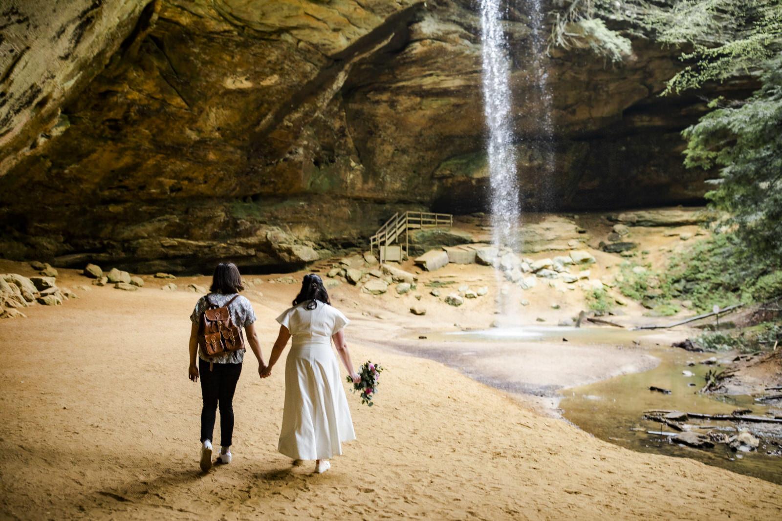 hocking hills lgbtq elopement wedding photographer